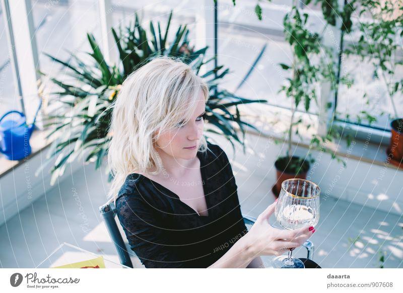 Mensch Freude Erotik Erwachsene Wärme Gefühle feminin Stil Feste & Feiern Stimmung Freizeit & Hobby Lifestyle wild elegant blond verrückt