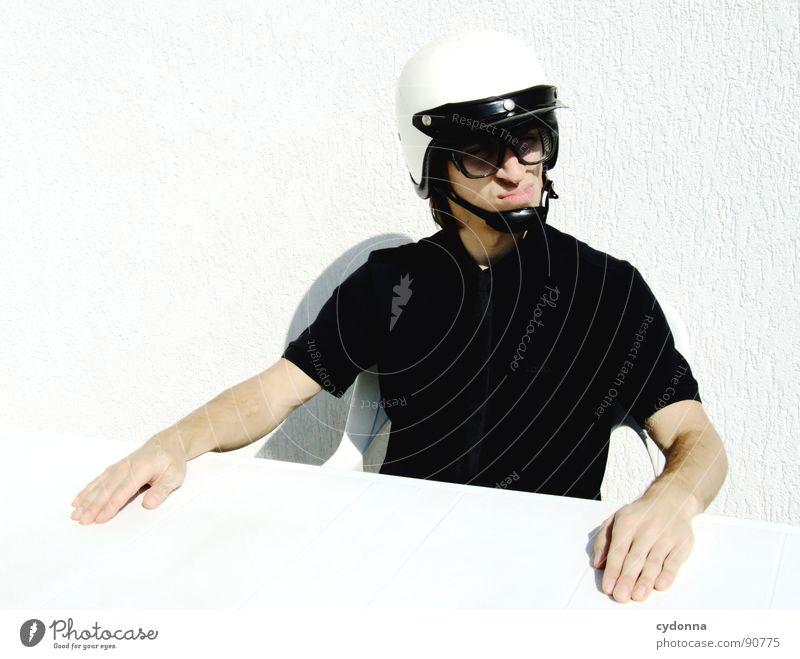 Special Agent I Mensch Mann weiß Freude Gefühle Stil lustig verrückt sitzen Tisch Coolness Brille Maske außergewöhnlich Ladengeschäft Anzug