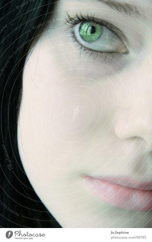 visage de porcelaine III Mensch Jugendliche grün schön weiß ruhig Gesicht Erwachsene Junge Frau feminin Gefühle 18-30 Jahre hell träumen nachdenklich zart