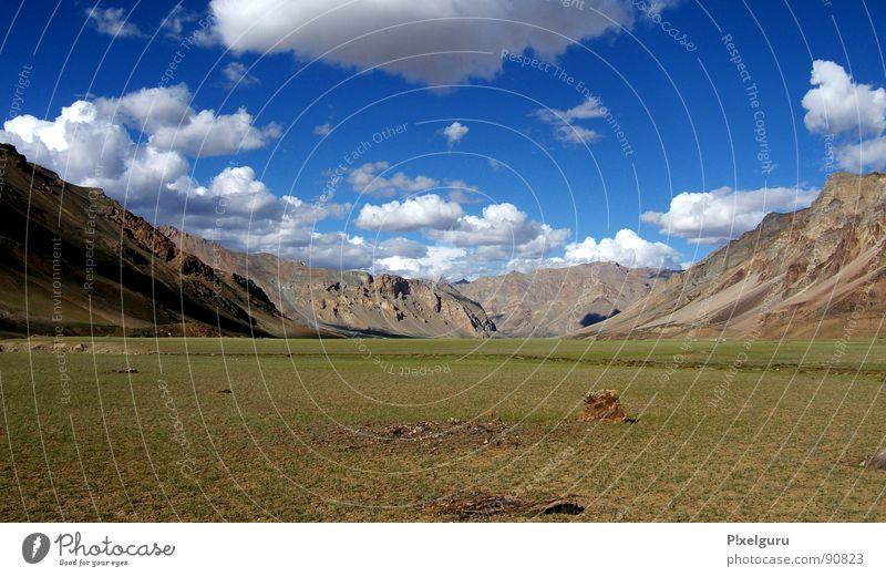 Ladakh Wolken Wiese Gras Berge u. Gebirge wandern Horizont Indien Norden Nepal Himalaya Jammu, Ladakh, Kaschmir