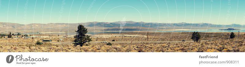 Der weite Westen Natur Landschaft Sand Wolkenloser Himmel Wüste Ferien & Urlaub & Reisen heiß Straße Steppe Ferne USA See trocken Berge u. Gebirge Wärme