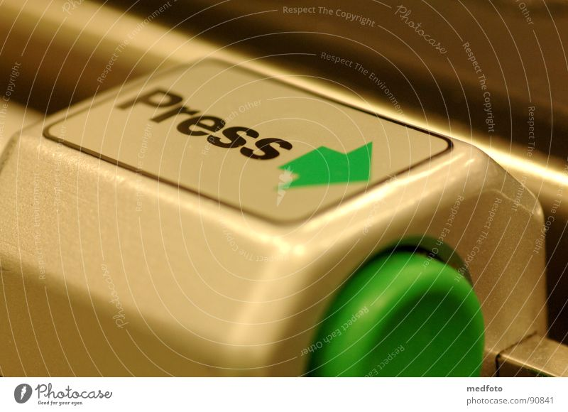 Press - Drücken grün Industrie Pfeil Wissenschaften Knöpfe drücken ausschalten aktivieren