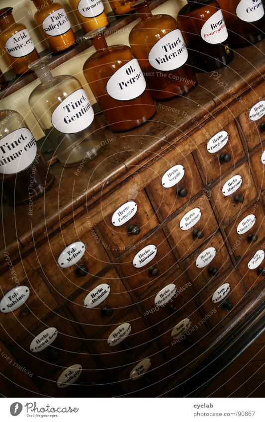 Wellnessbereich der Giftmischer alt Gesundheit Glas Schilder & Markierungen Wissenschaften Kräuter & Gewürze Gesundheitswesen Möbel Rauschmittel Medikament