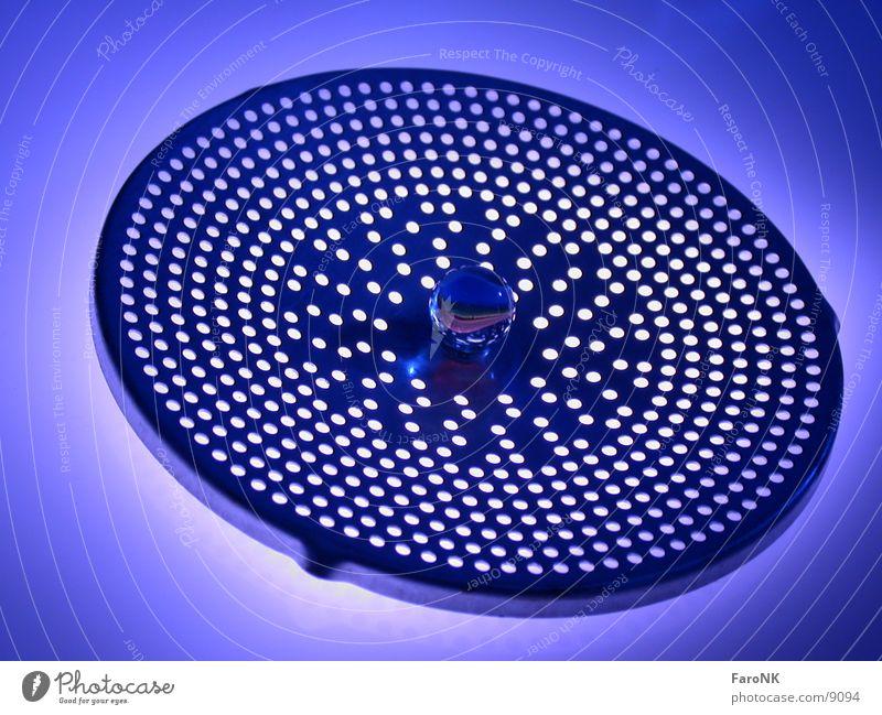 Murmel_02 blau Glas Kugel Loch Makroaufnahme