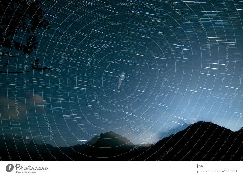 Nacht im Kiental Himmel Natur Sommer Erholung Landschaft ruhig Wolken dunkel Berge u. Gebirge Bewegung Herbst Freiheit Zeit Kunst Luft Schönes Wetter