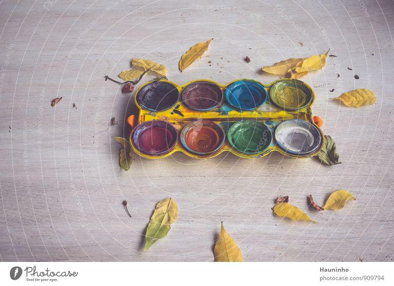 Wasserfarben zeichnen Holztisch Kunst Maler Herbst Blatt Farbkasten Kunststoff gebrauchen blau braun mehrfarbig gelb grau grün violett orange rosa rot schwarz