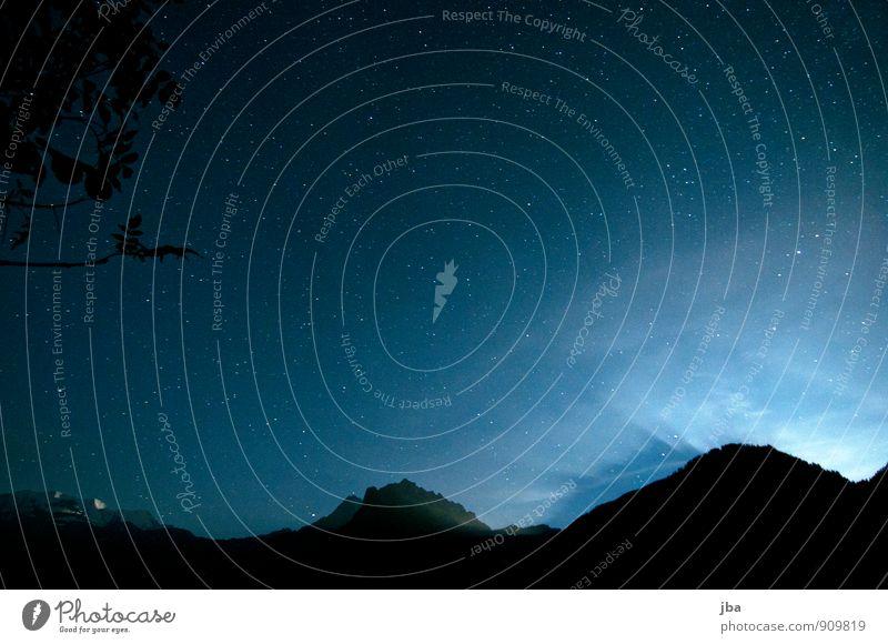 Nachthimmel Himmel Natur Sommer Erholung Landschaft ruhig Ferne dunkel Berge u. Gebirge Herbst Freiheit Schönes Wetter Stern Alpen Mond