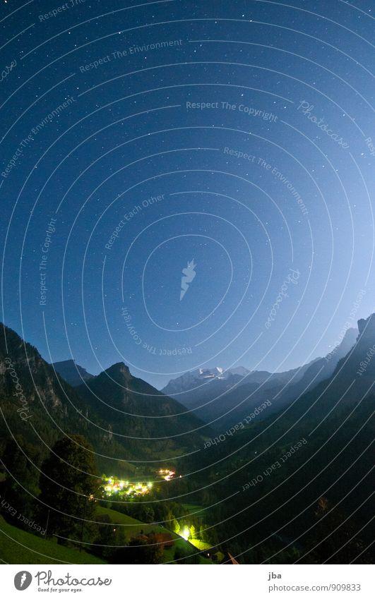 Kiental - Blüemlisalp - 30 Sec. Erholung ruhig Ferne Freiheit Sommer Berge u. Gebirge Natur Landschaft Urelemente Luft Nachthimmel Stern Schönes Wetter Alpen
