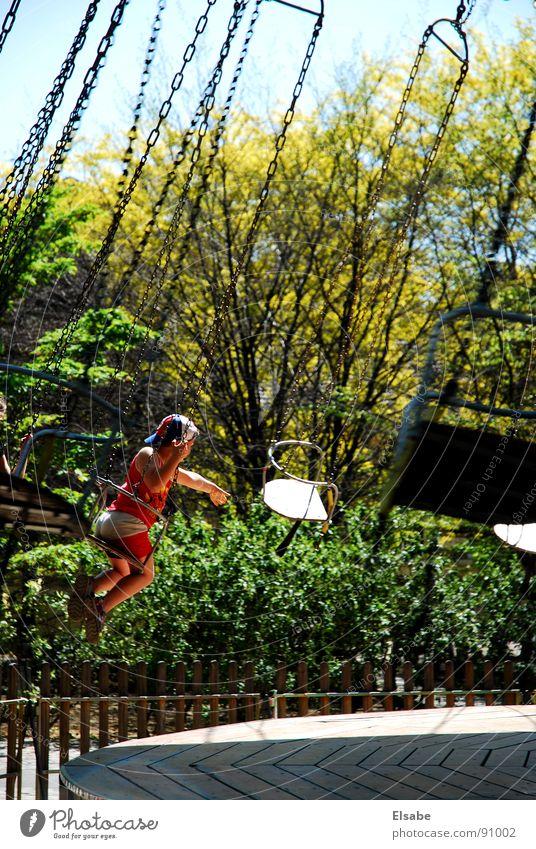 Kettenkarussell Kind Freizeit & Hobby Sonne Licht Karussell Jahrmarkt Spielen Freude Kettenkarusell