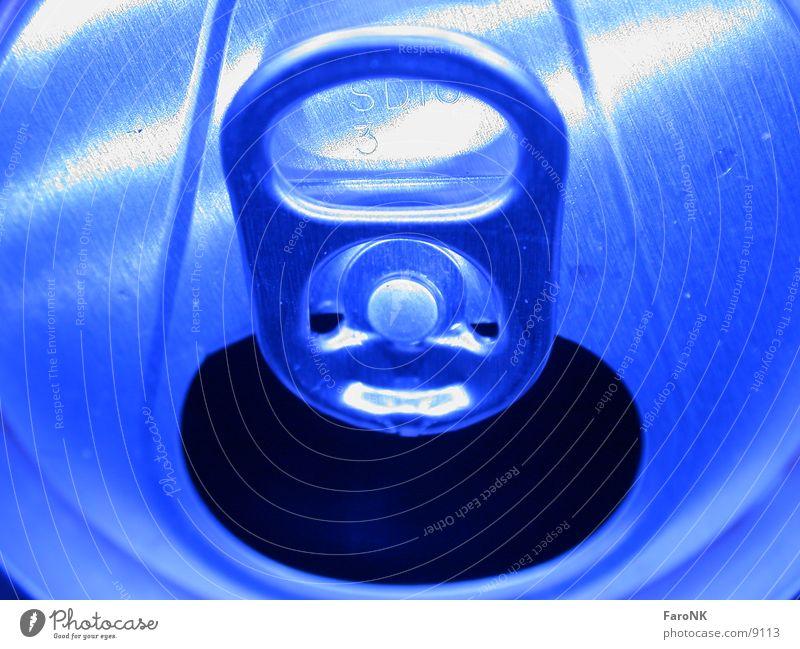 Dose Bier Makroaufnahme Nahaufnahme blau