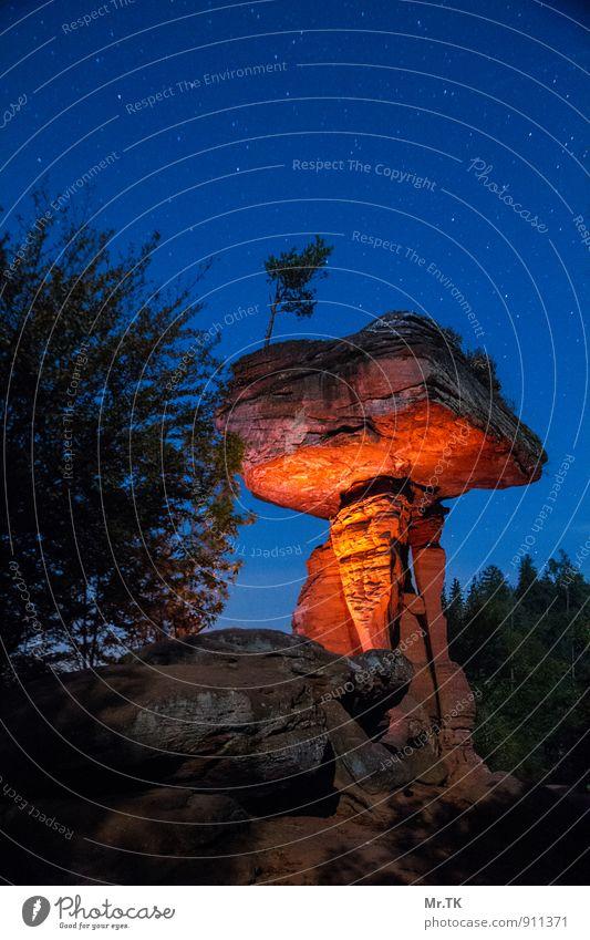 mystic light Himmel Natur Ferien & Urlaub & Reisen schön Wald Herbst Stein Stimmung Felsen Erde Stern einzigartig Hügel Wolkenloser Himmel Wahrzeichen Sehenswürdigkeit