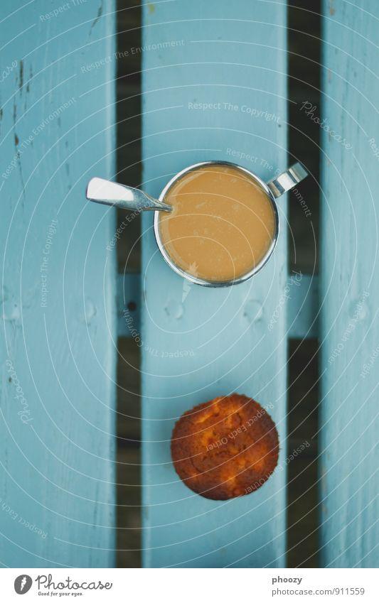 Bank-ett Süßwaren Ernährung Essen Frühstück Kaffeetrinken Büffet Brunch Picknick Fastfood Fingerfood Heißgetränk Tasse Löffel Frühling Park hocken sitzen
