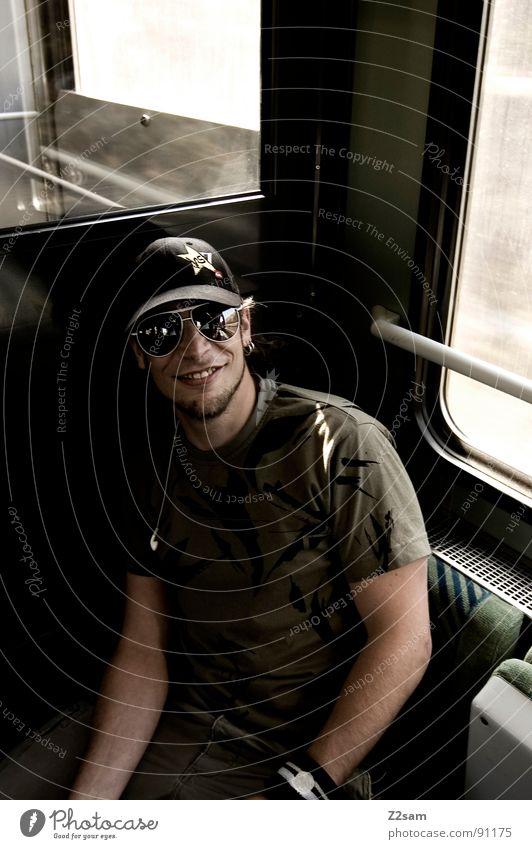 in the train IV Mensch Mann Sonne Gesicht Ferien & Urlaub & Reisen Berge u. Gebirge Kopf Denken warten maskulin Eisenbahn Ausflug sitzen fahren Streifen Gleise