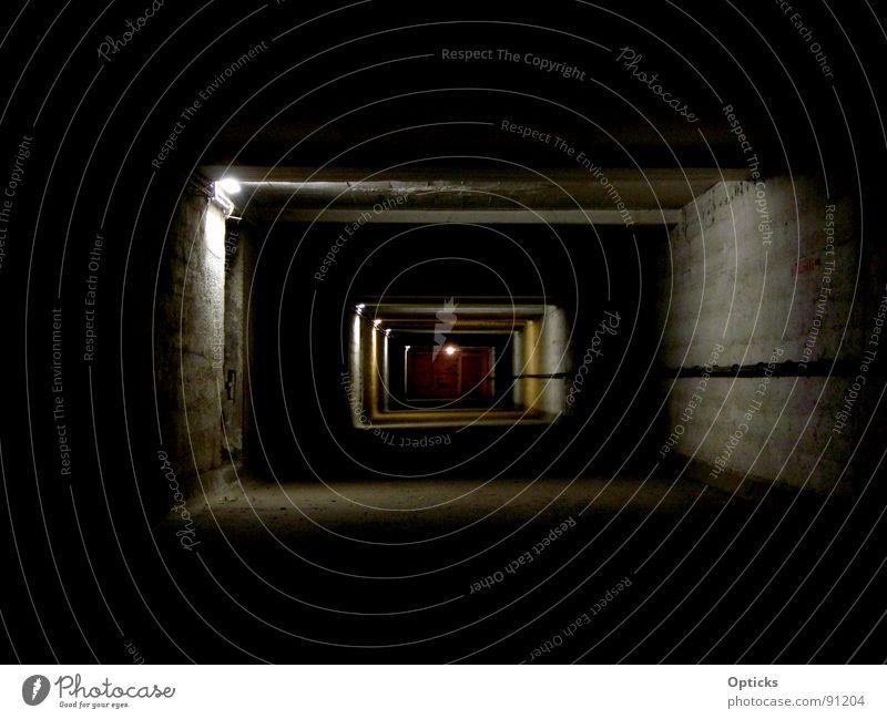 tunnelblick 2 Ferne dunkel Beton Industrie Tunnel Flur Keller Katakomben