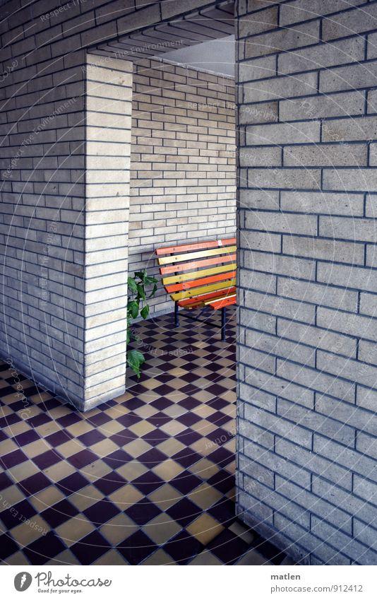 ordnungshalber Stadt Menschenleer Haus Bauwerk Architektur Mauer Wand Terrasse Tür gelb grün orange schwarz weiß Durchblick Backstein Fliesen u. Kacheln