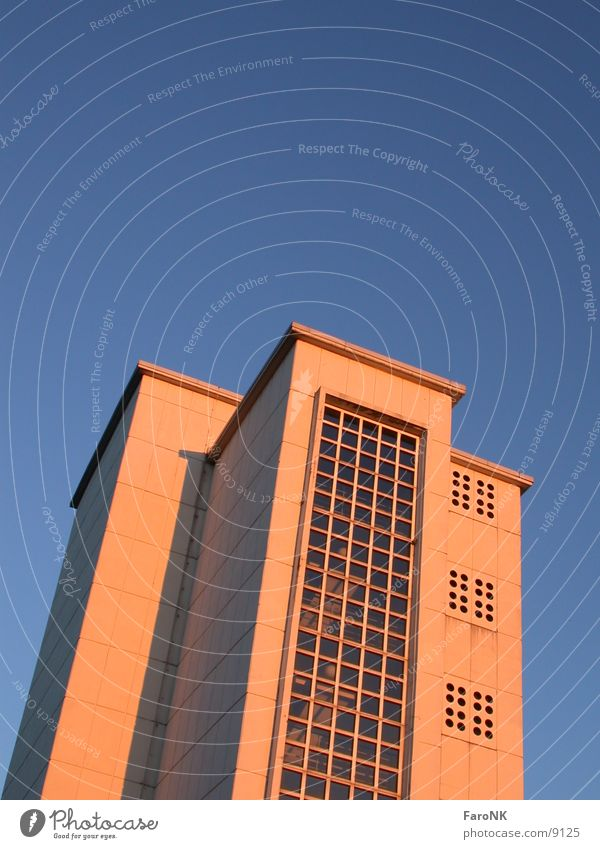 Hochhaus Himmel blau Gebäude Architektur Hochhaus