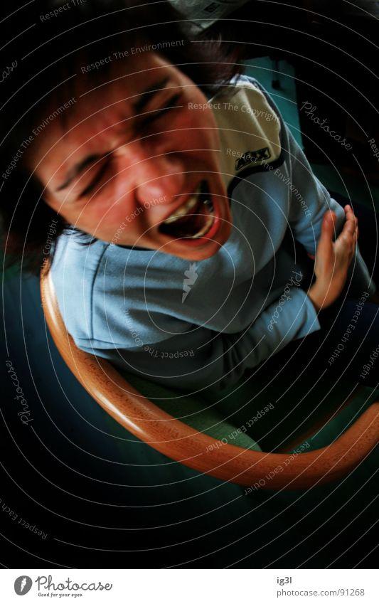der schrei Frau Mensch rot Gesicht sprechen Gefühle Mund Angst Zähne offen Stuhl Wut schreien stark Grenze Konflikt & Streit