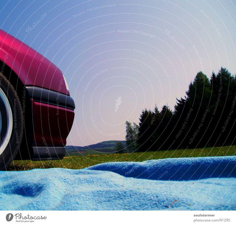 Chill ma rot Stoßstange Pause Ferien & Urlaub & Reisen Erholung ruhen stoppen Wald Wiese Baum Gras grün Hessen schlafen Freizeit & Hobby PKW car Alufelge Wheel