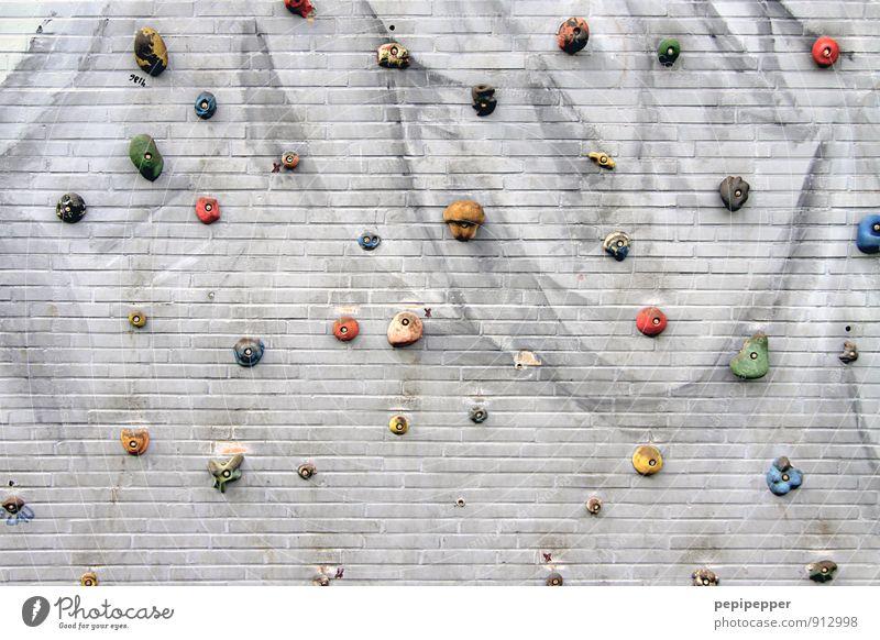 griffbereit Lifestyle Freizeit & Hobby Free climbing Klettern Sport Fitness Sport-Training Bergsteigen Sportstätten Stadt Mauer Wand Fassade