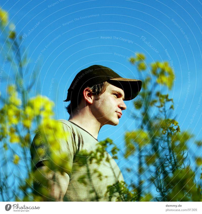 countryboy Mann Himmel blau Sommer Auge gelb Blüte Haare & Frisuren Mund Wärme Feld Nase Ohr Physik Bart Erdöl