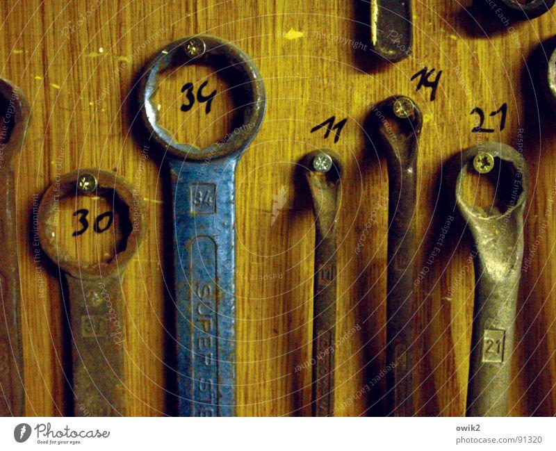 Ordnung muß sein (2 Arbeit & Erwerbstätigkeit Holz Metall Technik & Technologie Güterverkehr & Logistik Ziffern & Zahlen Beruf Dienstleistungsgewerbe Handwerk