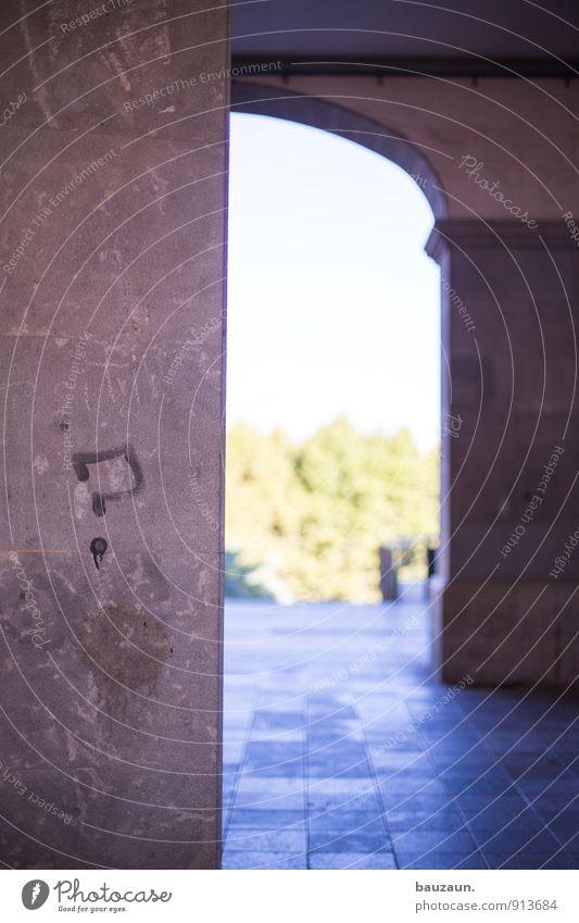 ?. Stadt Wand Graffiti Architektur Mauer Gebäude Stein Fassade Schriftzeichen Platz Brücke Wandel & Veränderung Freundlichkeit Zeichen Hoffnung Ziffern & Zahlen