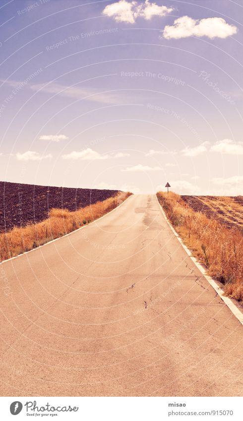 Straße ins Nirgendwo Himmel Natur Ferien & Urlaub & Reisen Sommer Einsamkeit Landschaft Wolken Umwelt Gras Sport Freiheit Freizeit & Hobby Feld Erde