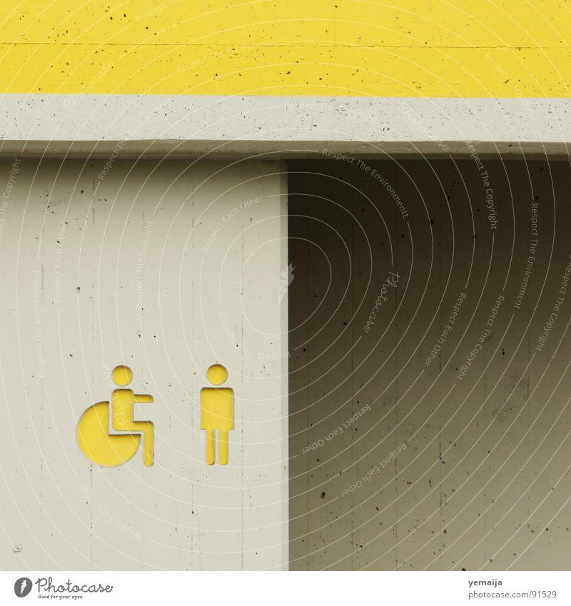 give me a hug... gelb grau Beton Hilfsbereitschaft Toilette Eingang Umarmen Behinderte Rollstuhl Anstrich Einschränkung Rastplatz