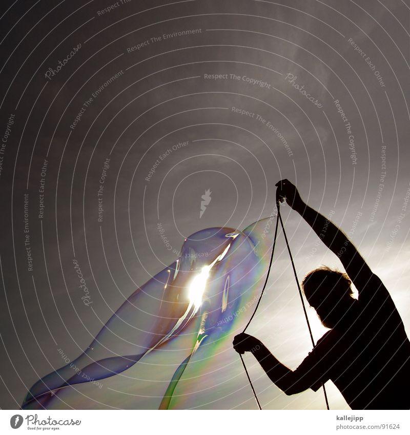 soapstar Seife Seifenblase platzen glänzend Licht Lichtbrechung Götter Arbeit & Erwerbstätigkeit produzieren kreieren Kunst dreidimensional Mann Macht groß Hand