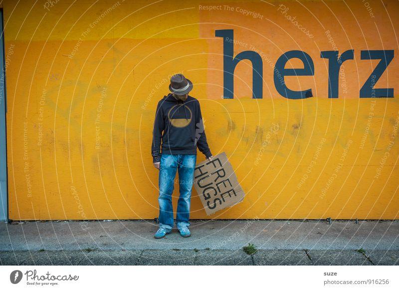 Hat sich klar ausgedrückt ... Mensch Jugendliche Mann Junger Mann Freude 18-30 Jahre Erwachsene gelb Graffiti Liebe lustig Stil Glück Lifestyle Stimmung