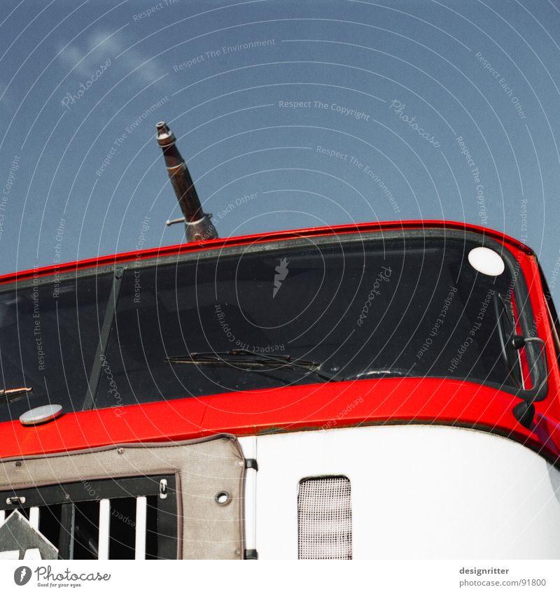 Wölkchen Feuerwehrauto Spritze löschen rot Brand Wasser marsch W50 fire fighters car nozzle fire drencher water red