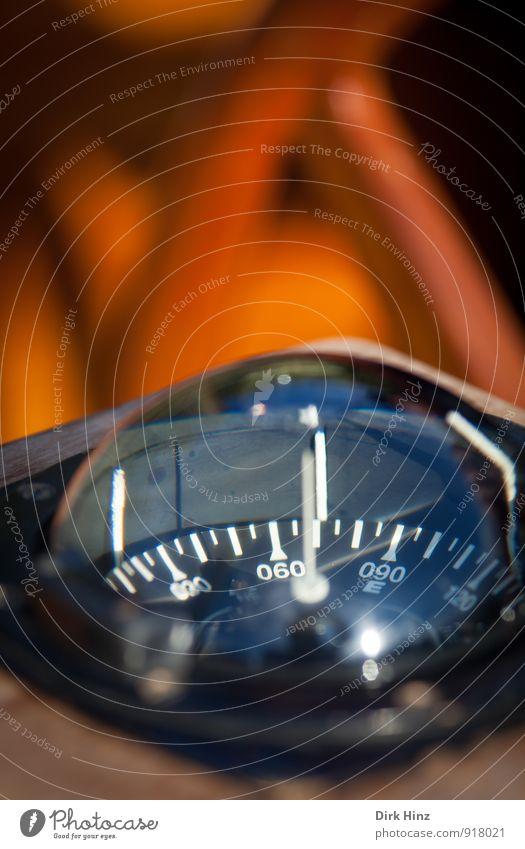 Auf Kurs Werkzeug Messinstrument Kompass Technik & Technologie Verkehr Schifffahrt Kreuzfahrt Kreuzfahrtschiff Sportboot Jacht Segelboot Wasserfahrzeug Glas