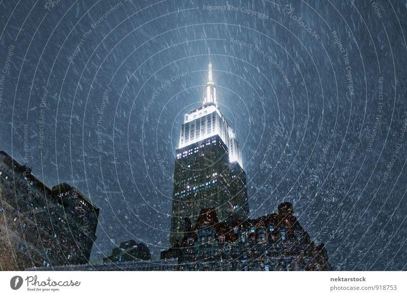 Empire State Building in New York with snow Ferien & Urlaub & Reisen Stadt Wand Architektur Mauer Stil Business Hochhaus Skyline Bankgebäude Stadtzentrum