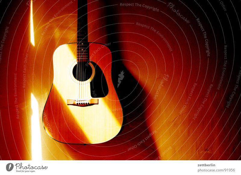 Gitarre again Ferien & Urlaub & Reisen Holz Stimmung Musik Romantik Länder fangen Konzert Steg Wohnzimmer Spanien Gitarre Lautsprecher Hals Musikinstrument Griff