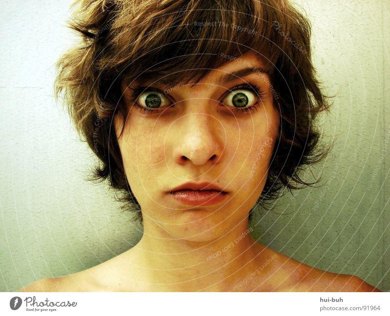 Meine Fresse.. Jugendliche schön Einsamkeit Gesicht Auge lustig Angst Mund verrückt dumm bizarr Irritation Schwäche erstaunt Schrecken verwundbar