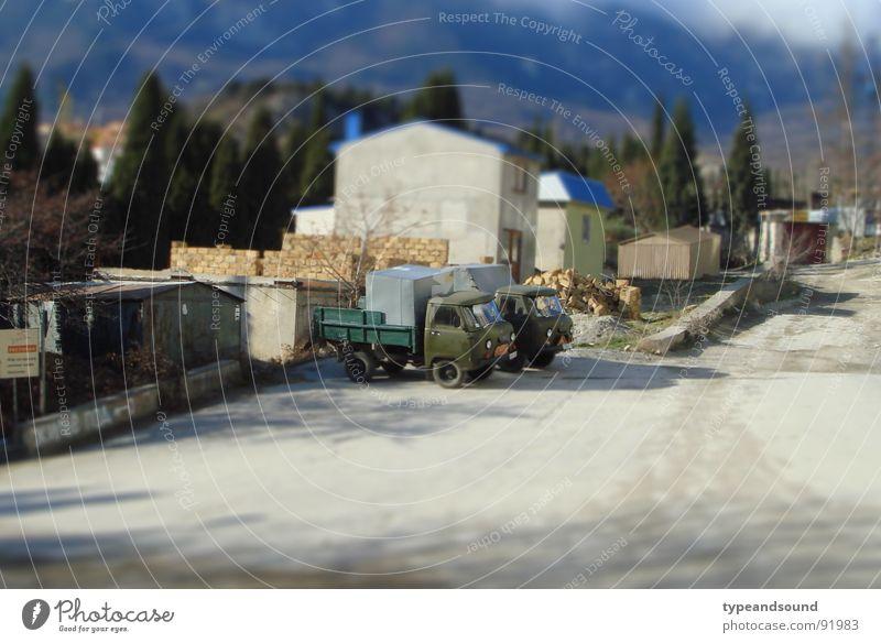 Kleine grüne Laster, ein Sündenfall Verkehr Baustelle Spielzeug Lastwagen Konstruktion Miniatur Modellbau Tilt-Shift Sowjetunion Transporter
