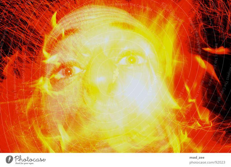 Fire expirience 03 Gesicht Brand Feuer grell beeindruckend explosiv