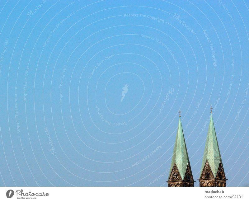 BREMEN Himmel blau Religion & Glaube Gebäude 2 Rücken Turm Baustelle Dach Bauwerk Symbole & Metaphern Zeichen Denkmal historisch Wahrzeichen