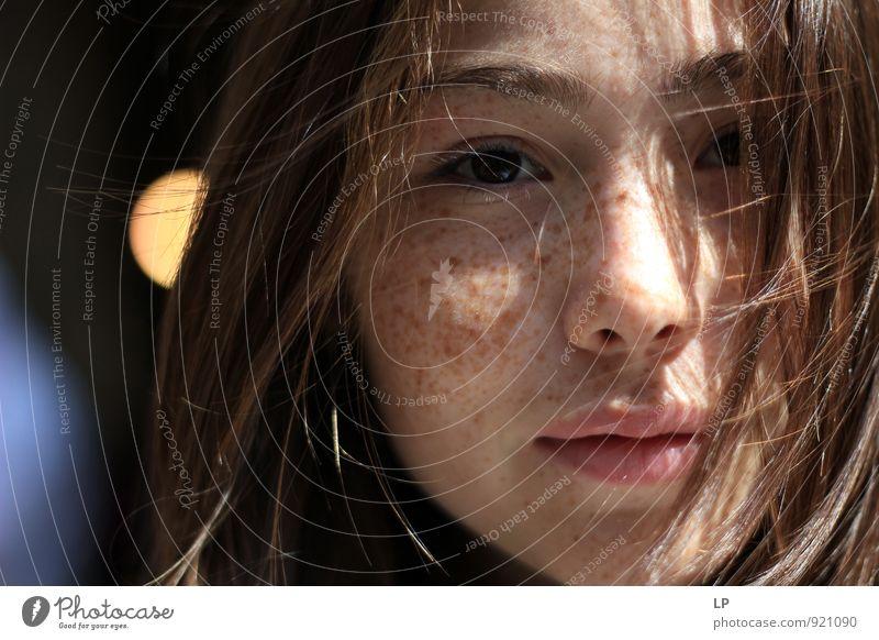 Mensch Frau Kind Jugendliche schön Junge Frau Mädchen Erwachsene Gesicht Auge feminin natürlich Haare & Frisuren Kopf Zufriedenheit leuchten