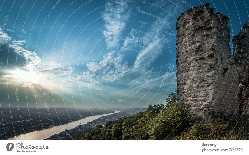 Vergangenheit und Gegenwart Tourismus Ausflug Sightseeing Natur Landschaft Pflanze Himmel Wolken Horizont Sonne Sommer Schönes Wetter Sträucher Hügel Fluss