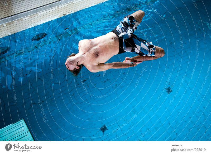 Bitte ziehen sie durch! Lifestyle Stil Freizeit & Hobby Sport Schwimmbad maskulin 1 Mensch 18-30 Jahre Jugendliche Erwachsene Wasser springen sportlich