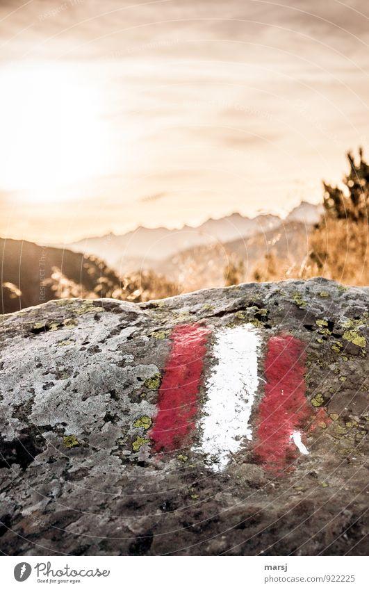 Wohlfühloase | ist früh am Morgen auf dem Berg zu sein Himmel Ferien & Urlaub & Reisen Sommer Wolken Ferne Berge u. Gebirge Herbst Freiheit Stein außergewöhnlich Felsen Horizont Wetter leuchten Schilder & Markierungen Tourismus