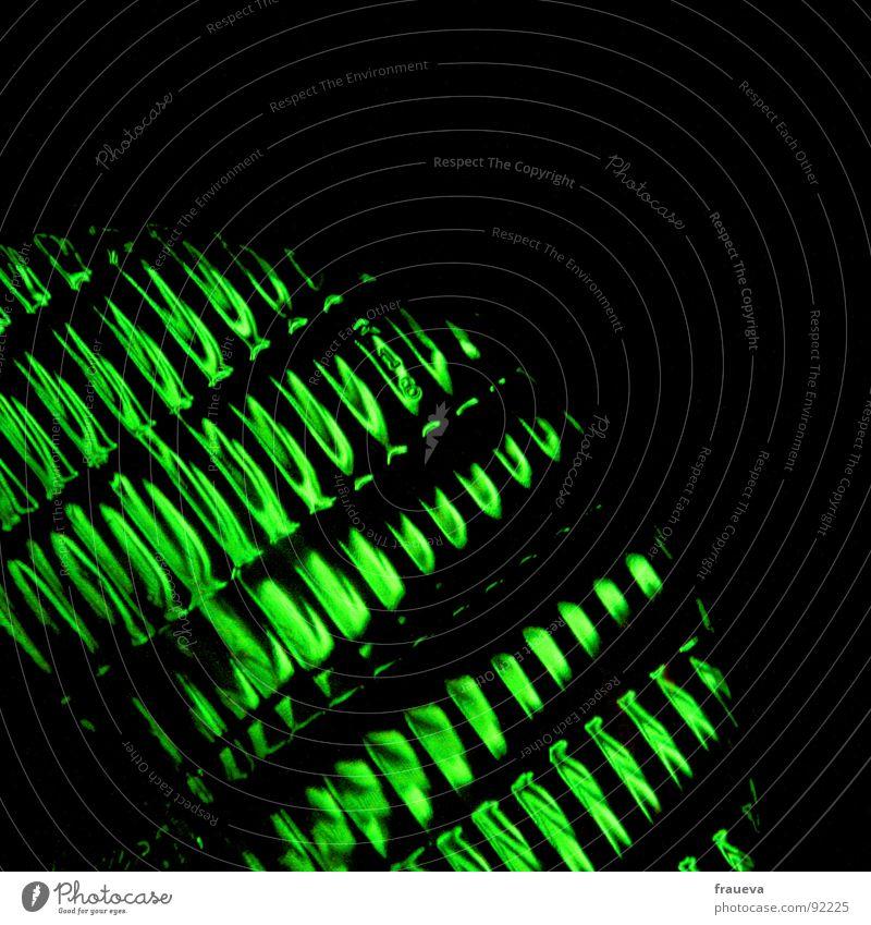 erleuchtung Licht grün Neonlicht dunkel Nacht Nachtleben bestrahlen aktivieren Ampel Beleuchtung Club Kino Theater Elektrisches Gerät Technik & Technologie