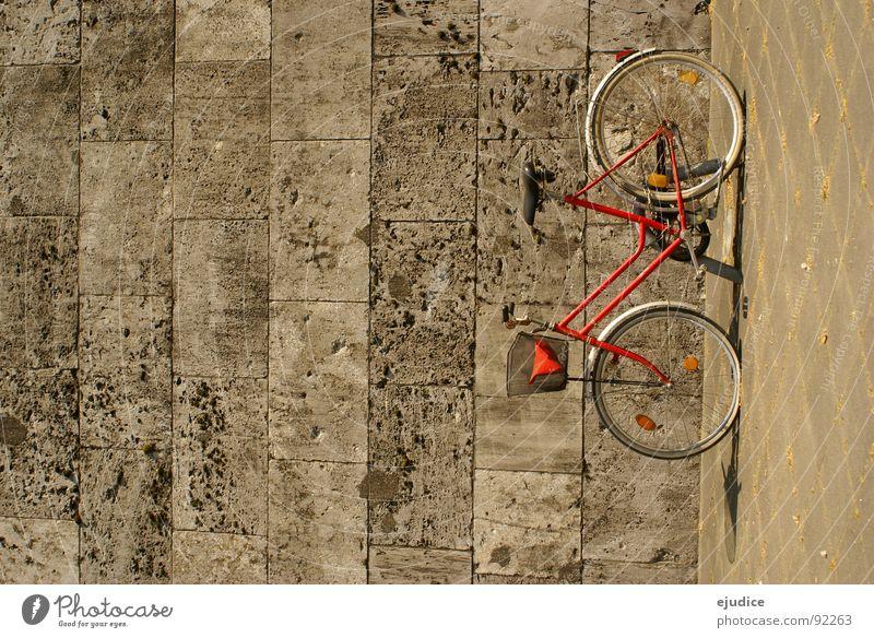 der rote blitz Wand Stein Fahrrad Verkehr