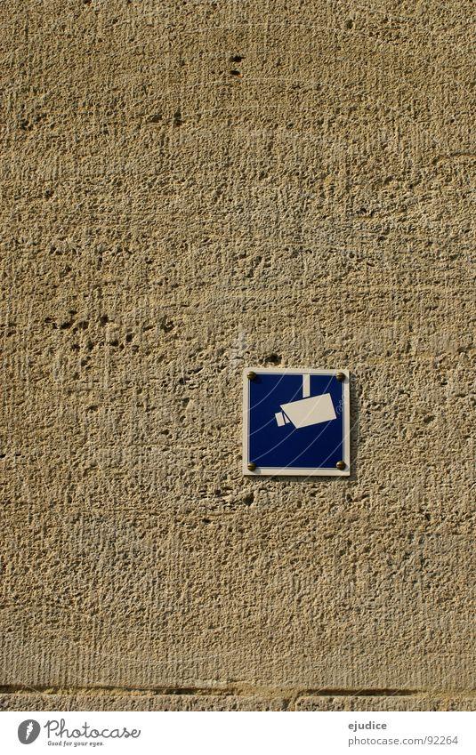 augen auf blau Haus Wand Gebäude Schilder & Markierungen Technik & Technologie Schutz Fotokamera beobachten Überwachung Elektronik Elektrisches Gerät