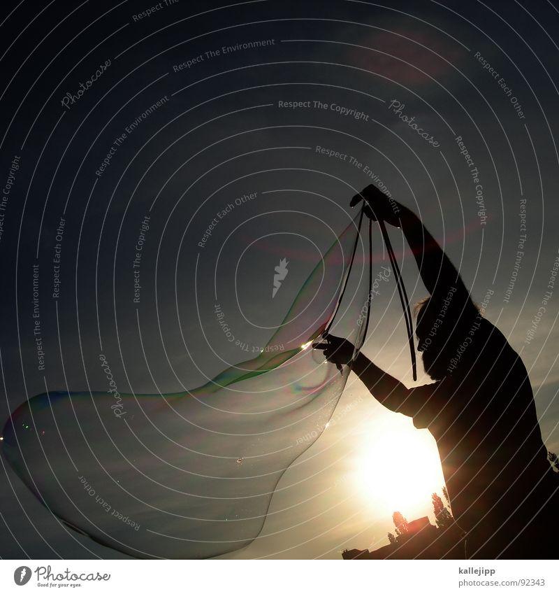 soapstar III Seife Seifenblase platzen glänzend Licht Lichtbrechung Götter Arbeit & Erwerbstätigkeit produzieren kreieren Kunst dreidimensional Mann Macht groß