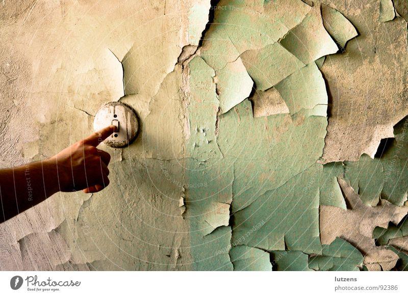 Alter Schalter! verfallen Finger Baracke Tapete trocken labil