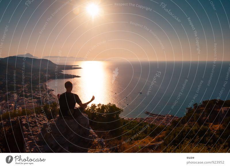 Kraft | tanken Lifestyle harmonisch Wohlgefühl Zufriedenheit Sinnesorgane Erholung ruhig Meditation Ferien & Urlaub & Reisen Tourismus Meer Yoga Mensch maskulin