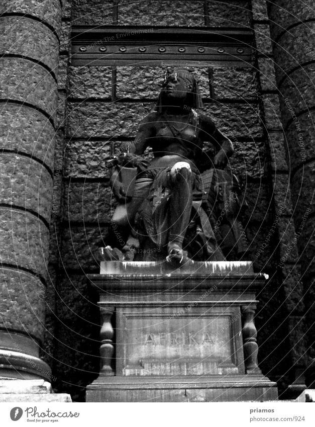 Statue alt Verfall Bauwerk Museum