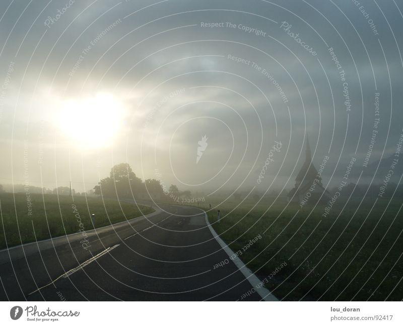 Morgendämmerung Baum Sonne Wolken Straße Nebel Seil Autobahn Verkehrswege